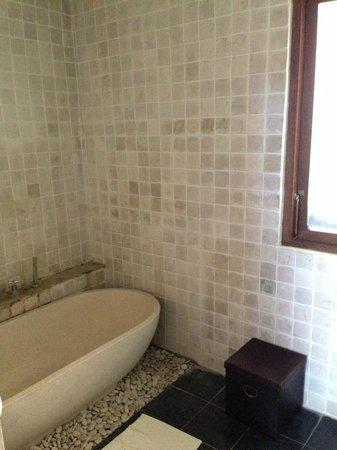 Villa Puri Ayu: Bathroom 2
