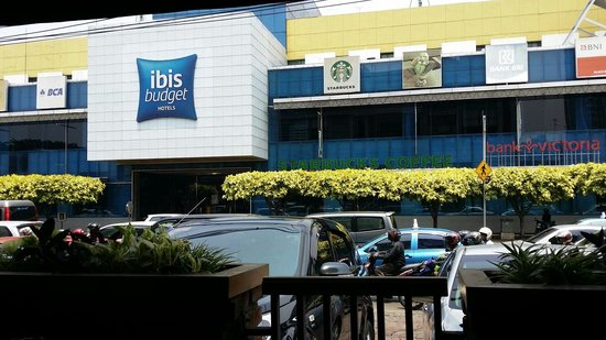 Ibis Budget Jakarta Menteng : 전면 모습