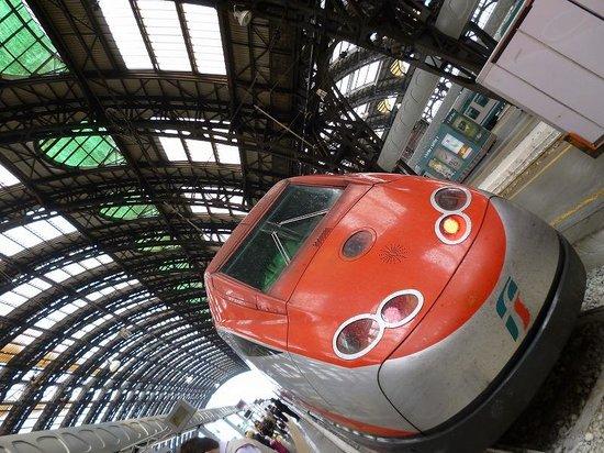 Treni Eurostar Italia: これはミラノ駅