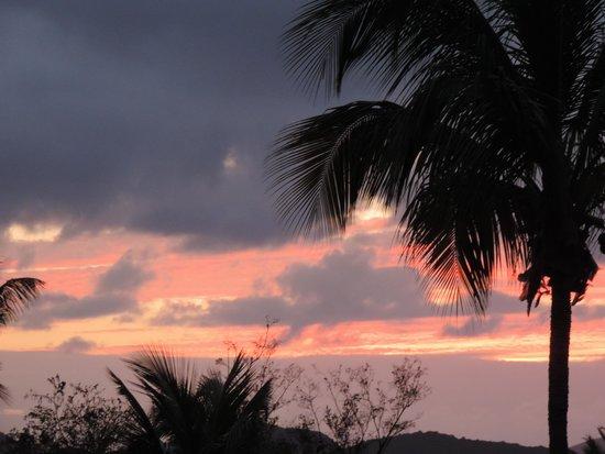 Caneel Bay Resort : sunset on Caneel Bay