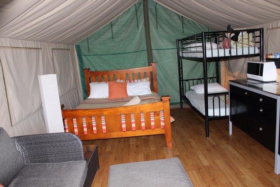Tathra Beachside : Inside tent