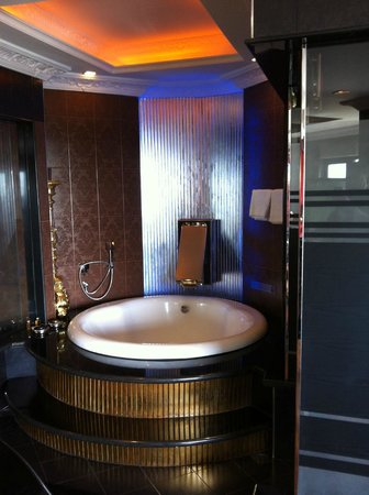 ABC Hotel: Spa Top