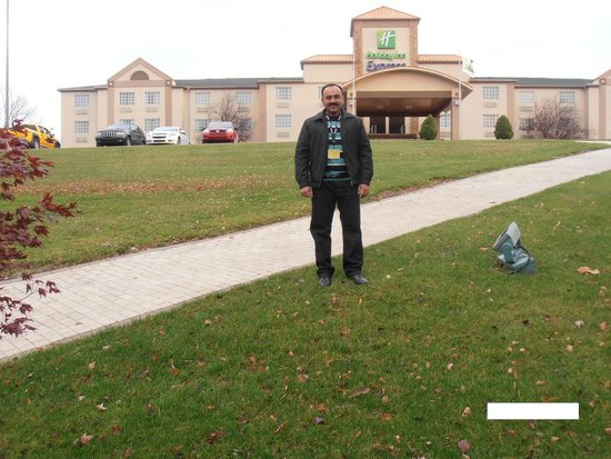 Holiday Inn Express Murrysville/Delmont: Me at Holiday Inn Delmont