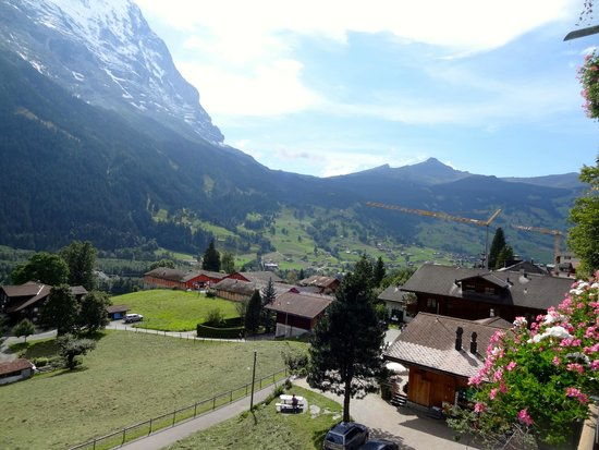 Sunstar Alpine Hotel Grindelwald: View from room