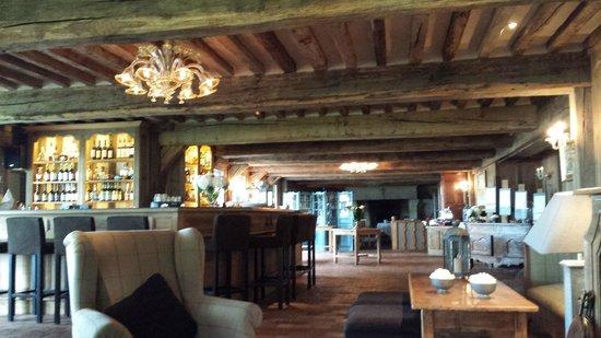 La Ferme Saint Simeon - Relais et Chateaux: Salons de l'hôtel