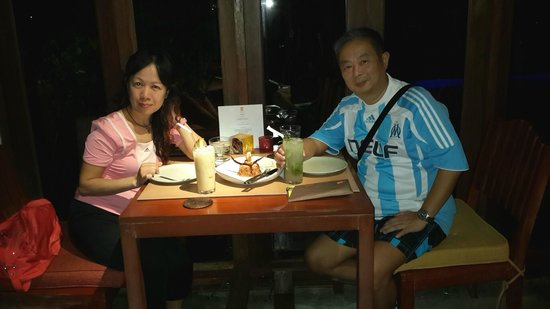Let's Sea Hua Hin's Beach Restaurant: a romantic dineer