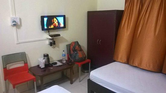 Adityas Hotel Centre Point : room