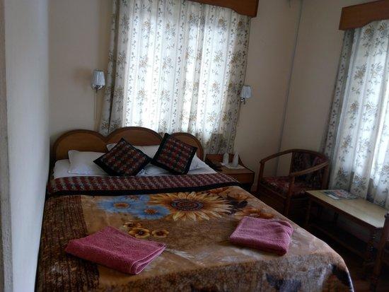 Green Tara Hotel: room