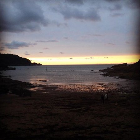 Manleigh Park : Sunset at Combe Martin