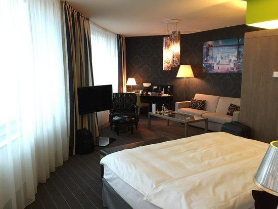 Mövenpick Hotel Stuttgart Airport & Messe: Junior Suite