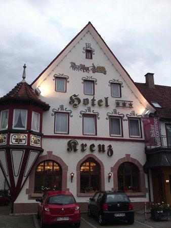 Hotel und Gaestehaus Kreuz
