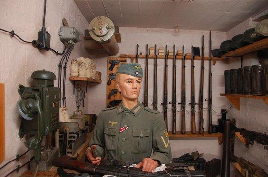 Le Grand Bunker Musee du Mur de l'Atlantique : The armoury