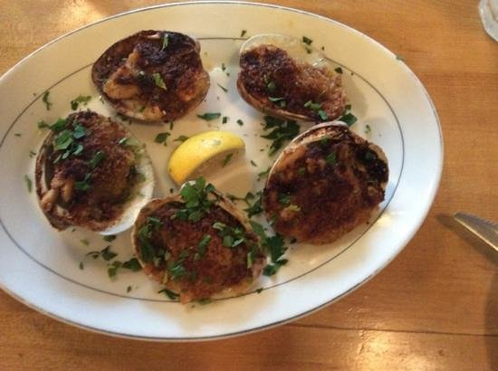 The Daily Catch: clams Casino