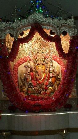 ganpati bappa morya picture of narayani dham temple pune