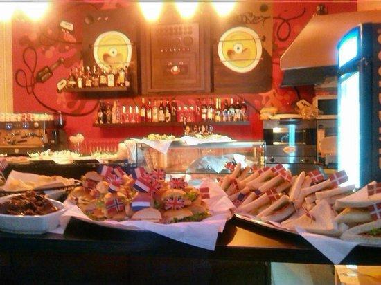 Province of Ferrara, Italien: chicago caffe buffet