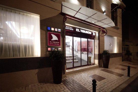 Hotel Boutique El Tiburón: Fachada