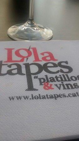 Lola Bistro: La servilleta...la comida no dio tiempo