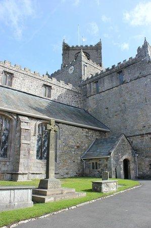Cartmel Priory: Just beautiful