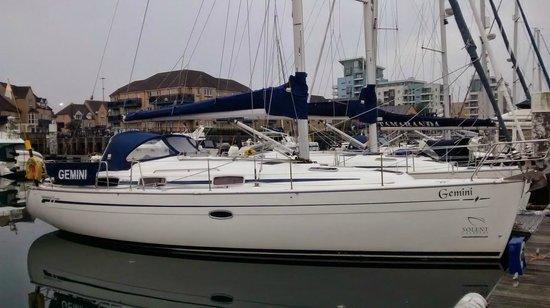 Solent Boat Charters & Training: Bavaria 37