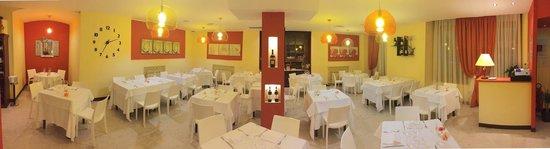 Viverone, Italie : Sala interna grand angolare