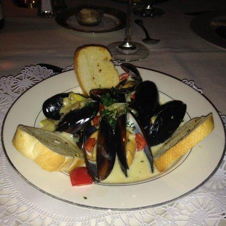 Belvedere Inn & Restaurant: Mussels in Pernod Cream