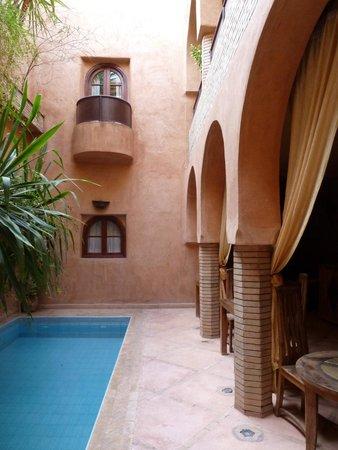 Riad Azenzer : Espace centrale du Riad