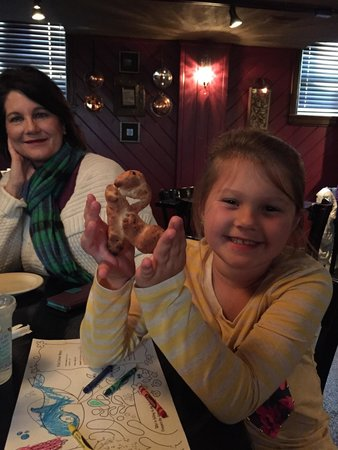 Mazzola's Italian Diner: Very tasty and fun for the kids