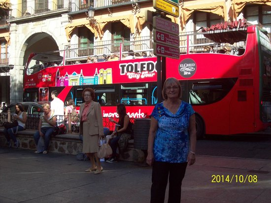 Hostal Alcazar: city tour de toledo