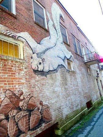 Mayberry's : downtown mural