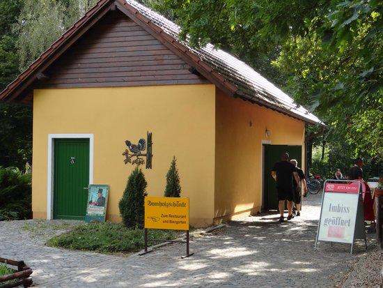 Nebengebäude - Bild von Domholzschänke Schkeuditz, Schkeuditz ...