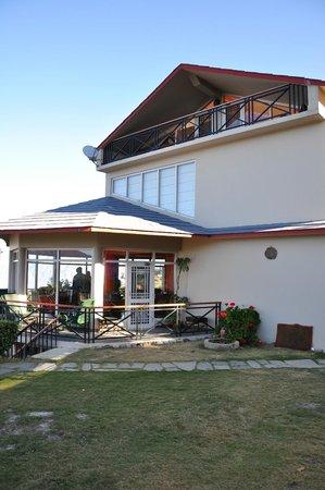Banjara Camps - Thanedar: Dining area from Play area