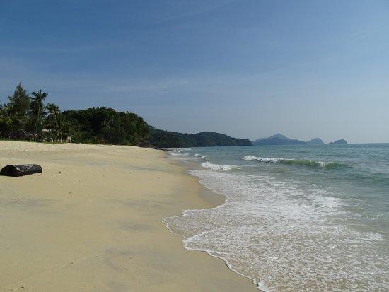 Tengah Beach: ну что ещё надо для полного релакса?