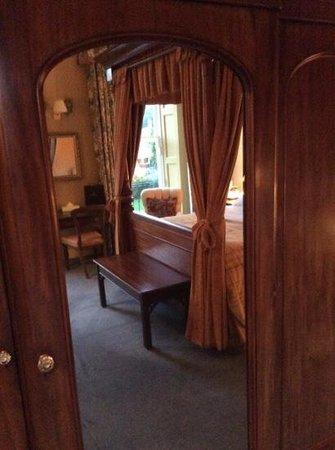 Pratt's Hotel : Room 104