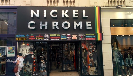 Rue d'Antibes: A nice chrome store