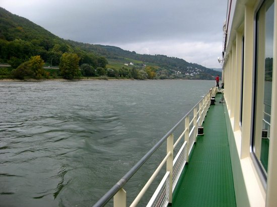 Rhine River Day Cruises: Outside the lower deck