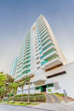 Travelers Suites Orange Cartagena