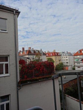 Hotel Seibel: Вид из окна в тихий двор.