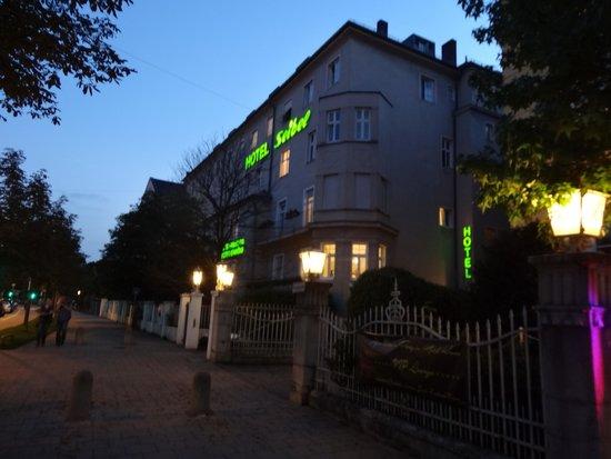 Hotel Seibel: Отель. Вид со входа.