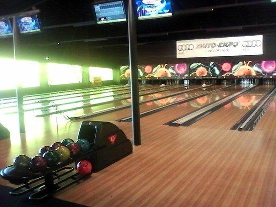 salle de billards photo de bowling world arras arras tripadvisor. Black Bedroom Furniture Sets. Home Design Ideas
