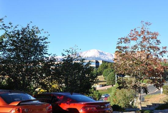 Hyatt House Colorado Springs - view of Pikes Peak
