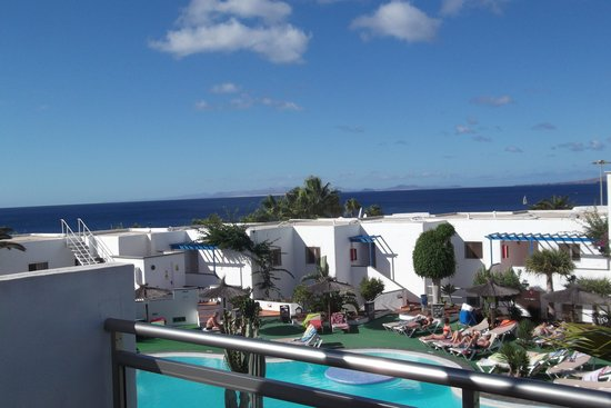 Apartments Parque Tropical : balcony view