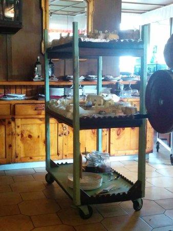 Manuela : il buffet di formaggi