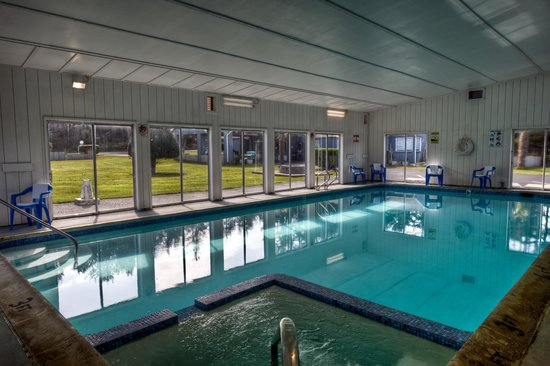 Silver Surf Motel: Indoor Swimming Pool
