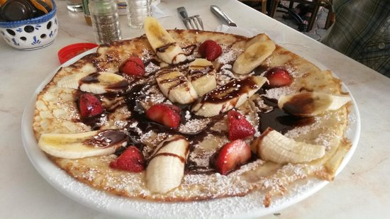 nutella strawberry and banana pancake - Picture of Linda's ...