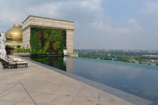 Infinity Pool Picture Of The Leela Palace New Delhi New Delhi Tripadvisor