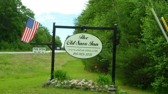 The Old Saco Inn: Look for this sign!