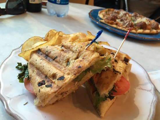 Nancy's Catering & Events: Chicken focaccia was delicious. The girlfriend got the Caribbean bbq flatbread (in background) s