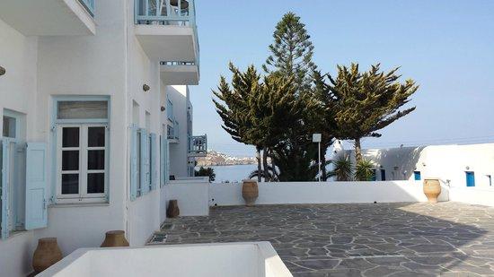 Poseidon Hotel - Suites: Hotel Grounds