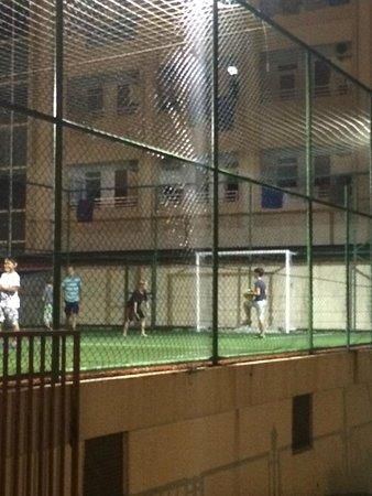 Xeno Eftalia Resort Hotel: Kunstrasen Fußballplatz