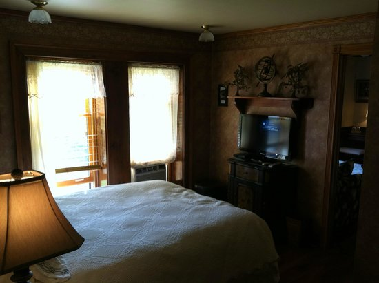 Stone Rose Bed and Breakfast: Bedroom